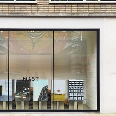 Made from scratch, in-house. Mast Chocolate, Mast Brothers Chocolate, Organic Chocolate, Chocolate Shop, Restaurants, Architecture, Facade, Interiors, London