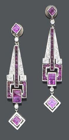 1925 earrings France