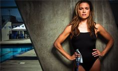 Meet the extraordinary Natalie Coughlin. A professional female swimmer sports star and Sports Illustrated swimsuit model. The first female to swim Natalie Coughlin, Female Swimmers, Female Athletes, Senior Olympics, Swimming Senior Pictures, Professional Swimmers, Olympic Swimmers, Girl In Water, Sports Models