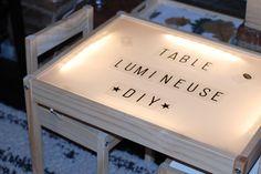 Explications pour créer vous-même votre table lumineuse (inspiration montessori). DIY très simple à partir d'une table Ikea qui garantit des heures de jeux.