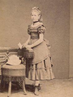 Little girl's attire for mid-1800s