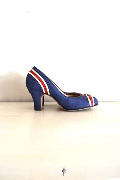 vintage 1940s shoes  40s high heels / royal door shopREiNViNTAGE, $125.00
