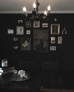 1,200 отметок «Нравится», 19 комментариев — b l a c k h o r n e (@blackhorne) в Instagram: «Blackhorne Manor»