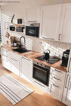 Home Decor Kitchen, Interior Design Kitchen, Home Kitchens, Kitchen Dining, Butcher Block Countertops Kitchen, Küchen Design, House Design, Kitchen Remodel, Sweet Home