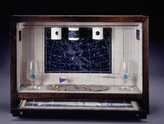 Joseph Cornell (December 1903 — December was an American artist and film maker, one of the pioneers and most celebrated exponents of assemblage. Land Art, Joseph Cornell Boxes, Inside The Box, Royal Academy Of Arts, Max Ernst, Art Moderne, Assemblage Art, Magritte, Joan Miro