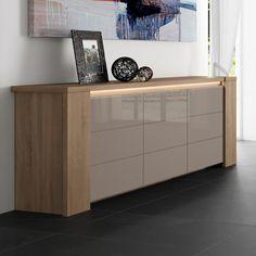 Craquez pour ce très beau buffet bahut moderne 3 portes de fabrication 100% française. Eclairage LED extérieur et tiroir en option ! Très bonne qualité !