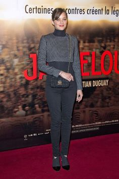 Marion Cotillard Parisian chic in a pair of skinnies and a cropped jacket