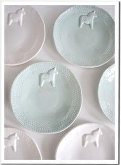 Dala horse plates / Mia Blanche via Swedish design house