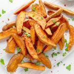 A daganatos megbetegedések megelőzésében, a cukorbetegség és a magas vérnyomás enyhítésében is használják! Ki tudja mi ez a gyümölcs? - Szupertanácsok Merida, Carrots, Vegetables, Food, Essen, Carrot, Vegetable Recipes, Meals, Yemek
