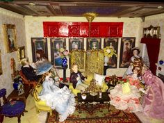 Miniature Victorian parlor room by Lisa.