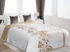 Białe dwustronne narzuty na łóżko z kwiatowym ornamentem