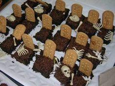 Halloween Ideia: Bolo gelado de chocolate com biscoito de maisena para o dia das bruxas