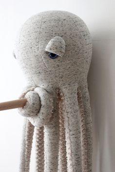 Handmade Toys, Etsy Handmade, Handmade Stuffed Animals, Ideias Diy, Sewing Toys, Fabric Dolls, Softies, Baby Toys, Art Dolls