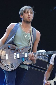 Ughhhh Caleb Followill of Kings of Leon. He has the sexiest voice on the planet