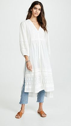 The annual Shopbop off sale! Guys…this is the time to stock up on your fave brands like Free People, Madewell, BB Dakota and even get major sales on all the designer brands (like bags and… Pakistani Fashion Casual, Indian Fashion Dresses, Dress Indian Style, Indian Designer Outfits, Pakistani Outfits, Indian Outfits, Fashion Outfits, Indian Designers, Top Designers
