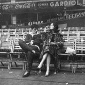 'Les amants magnifiques'. C'est ainsi que la Galerie de l'Instant a baptisé sa prochaine exposition consacrée au couple mythique formé par Romy Schneider et Alain Delon durant les années 70. Deux montres sacrés du cinéma qui se sont rencontrés en 1958 puis fiancés un an plus tard avant de se séparer en 1964. C'est sur le tournage de La Piscine de Jacques Deray que les anciens amants se retrouvent. Une passion à l'écran, une profonde complicité et simple amitié dans la ...