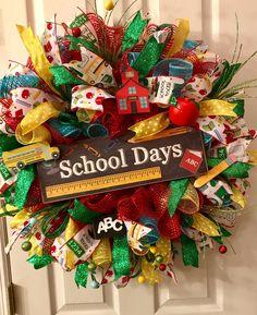 Teacher Appreciation, Back to School, Deco Mesh Wreath, Deco Mesh Wreaths, Door Reefs, Retirement Gift, Front Door Wreath, School Wreath by 3AngelsCreationsShop on Etsy