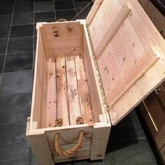 Woodworking For Beginners Do It Yourself Woodworking Plans: DIY Pallet Chest from only Pallets Wood - 101 Pall. For Beginners Do It Yourself Woodworking Plans: DIY Pallet Chest from only Pallets Wood - 101 Pall. Wooden Pallet Projects, Wooden Pallets, Diy Projects, Project Ideas, Pallet Wood, Pallet Couch, Outdoor Pallet, Pallet Patio, Simple Wood Projects