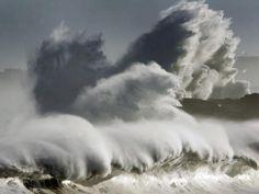 El fuerte oleaje la Coruña