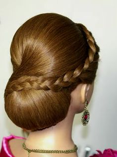 I really like this hairstyle Dance Hairstyles, Elegant Hairstyles, Braided Hairstyles, Wedding Hairstyles, Hair Up Styles, Natural Hair Styles, Hairdo Wedding, Very Long Hair, Great Hair