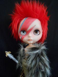 David Bowie #Blythe #doll                                                                                                                                                     Mais