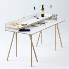 doppeldecker table.