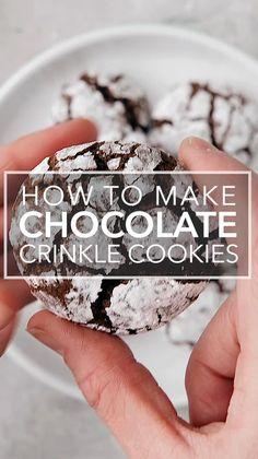 Chocolate dough rolled in powdered sugar and baked into a festive black and white cookie. They're the perfect Christmas cookies! Chocolate Crinkle Cookies, Chocolate Crinkles, White Desserts, Chocolate Desserts, Christmas Desserts, Christmas Cookies, Crinkles Recipe, Cookie Recipes, Dessert Recipes