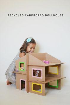 5 coolest DIY kids toys with cardboard - Diy Cardboard Toys Cardboard Dollhouse, Cardboard Box Crafts, Cardboard Toys, Diy Dollhouse, Homemade Dollhouse, Doll House Cardboard, Dollhouse Design, Cardboard Box Ideas For Kids, Cardboard Houses For Kids