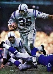 "Alan ""The Horse"" Ameche - Baltimore Colts - Futbol Americano Baseball Classic, Vintage Football, Baltimore Colts, Indianapolis Colts, Johnny Unitas, Nfl Football Players, Football Conference, Football Photos, Professional Football"