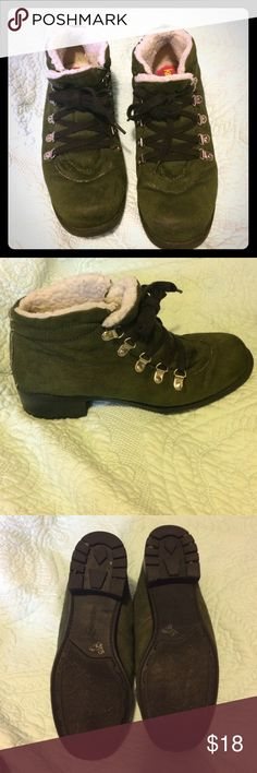 Kenzie girl Kendrina boots, hunter green Size 8, worn minimally. Low heel and cute with jeans. Kensie Girl Shoes Ankle Boots & Booties
