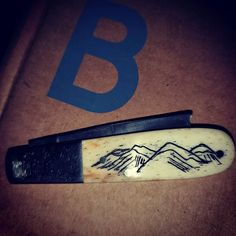 High on a mountain top, some scrimshaw is unfurled! Made a little pretty on the other side of my new lucky knife, very happy with it. American Frontier, Step By Step Instructions, How To Apply, How To Make, Initials, Mountain, Kit, Happy, Pretty