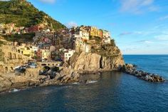 Explore Italy: Walking The Cinque Terre - Gone Travelling Italy Vacation, Italy Travel, Travel Usa, Cinque Terre, Vietnam, Europe Destinations, French Riviera, Packing Tips For Travel, Travel Abroad