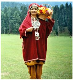 Innovative KashmiriDress Kashmiri Woman39s Costume 19th Century Search Kashmir