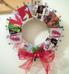 Old Starbucks Card Christmas Wreath....this is adorable! Wishing I had saved all the cards I've ever had...such a darling idea!