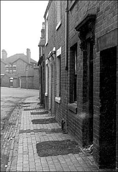 Lower Spring Road, Longton, Stoke-on-Trent Old Pictures, Old Photos, Industrial Architecture, Milton Keynes, Old Street, Stoke On Trent, Local History, Travel Memories, Newcastle