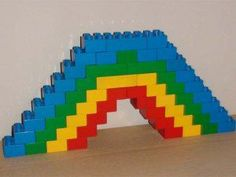 Have fun with these great lego examples for all ages. The lego instructions are explained step by step. Lego Duplo, Legos, Craft Activities For Kids, Crafts For Kids, Lego Engineering, Custom Puppets, Construction Lego, Mega Blocks, Lego Challenge