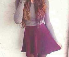 Grey sweater and maroon high waisted skirt. Perfect hair, outfit, and figure Skirt Outfits, Dress Skirt, Pretty Outfits, Cute Outfits, Beautiful Outfits, Pretty Clothes, Summer Outfits, Casual Outfits, Teen Fashion