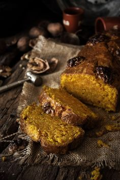 Pratos e Travessas: Pumpkin and star anise cake