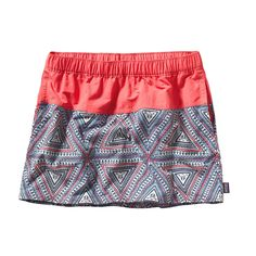 Your favorite shorts reimagined in a skirt: the Patagonia Women's Baggies™ Skirt pulls on over your swimsuit and dries quickly. Check it out. Patagonia Shorts, Travel Dress, Swimsuits, Swimwear, Dress Codes, Skirt Fashion, Dress Skirt, My Style, Skirts