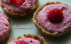 Raw strawberry tarts #vegan #glutenfree