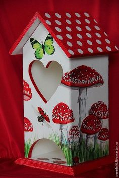 How to Decoupage With Mod Podge (without bubbles and wrinkles! Decorative Bird Houses, Bird Houses Painted, Bird Houses Diy, Fairy Houses, Stone Crafts, Wood Crafts, Paper Crafts, Diy Crafts, Birdhouse Craft