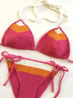 Sie Badebekleidung Schema Crochet Bikini Pattern - Brazilian Cut, Boho Crochet Bikini - Easy Bathing Suit - Cheeky Bikini - Pattern by Deborah O'Leary Patterns Motif Bikini Crochet, Boho Crochet, Crochet Bra, Crochet Slippers, Crochet Clothes, Easy Crochet, Free Crochet, Bathing Suits Cheeky, Crochet Bathing Suits