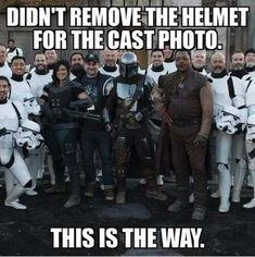 Tagged with star wars, memes, cat tax, mandalorian, meme dump; Shared by Mini Mandalorian and Star Wars Dump (stolen) Star Wars Meme, Star Wars Art, Star Trek, Star Wars Poster, Dark Vader, Cuadros Star Wars, Dc Movies, Disney Memes, Stupid Funny Memes