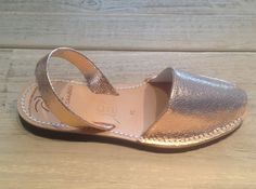 Love these Rose Gold Palmaira sandals for summer!