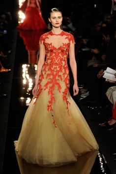 Coral lace & tulle (Monique Lhuillier – Runway – Fall 2012 Mercedes-Benz Fashion Week)