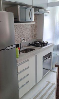 25 creative small kitchen design and organization ideas 15 Kitchen Room Design, Modern Kitchen Design, Home Decor Kitchen, Interior Design Kitchen, Kitchen Furniture, Small Apartment Interior, Small Apartment Kitchen, Kitchen Remodel, Organization Ideas