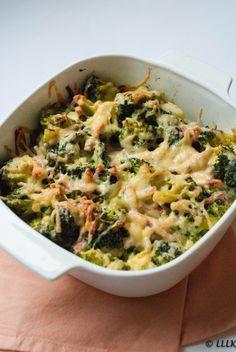Broccoli met ham en Boursin uit de oven Healthy Summer Recipes, Healthy Low Carb Recipes, Healthy Crockpot Recipes, Healthy Meals For Kids, Quick Meals, Healthy Chicken Dinner, Happy Foods, Food Dishes, Food Inspiration