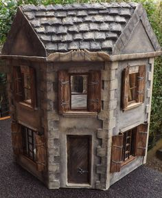 exterior view of the 1:12 scale stone corner house