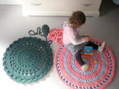 Bees and Appletrees (BLOG): een vloerkleed haken - crochet a carpet