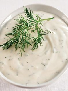 Otlu yoğurt sos Tarifi - Türk Mutfağı Yemekleri - Yemek Tarifleri